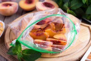 Замороженные дольки персиков